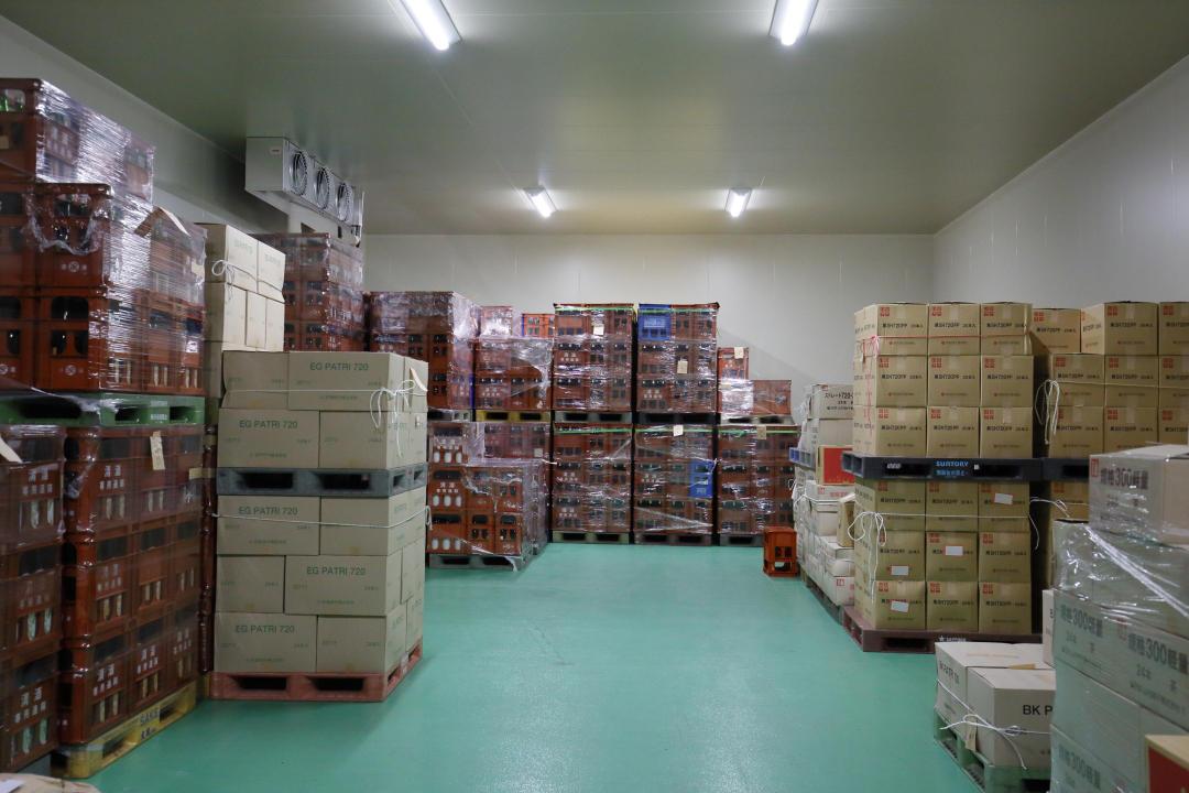 http://www.nipponnosake.com/kura/images/hatukame_22_reizouko.jpg