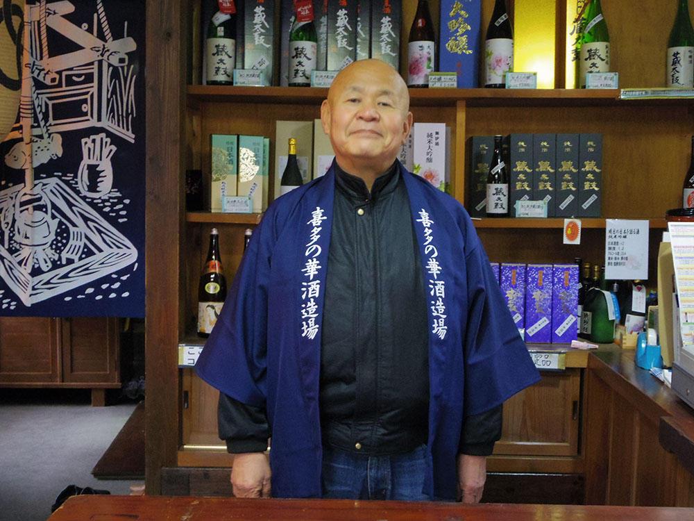 http://www.nipponnosake.com/kura/images/kanazawaya_4_kuramoto.jpg