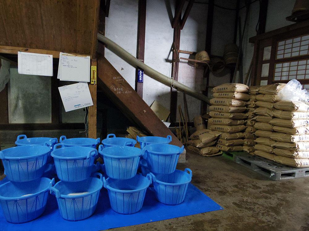 http://www.nipponnosake.com/kura/images/kanazawaya_6_rice.jpg
