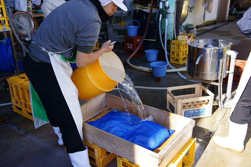 http://www.nipponnosake.com/kura/images/takijiman_8_nukaotosi.jpg
