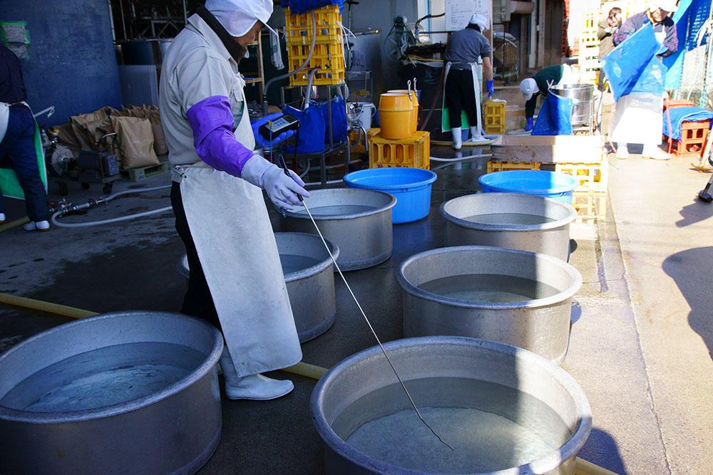 http://www.nipponnosake.com/kura/images/takijiman_9_kenon_mizu.jpg