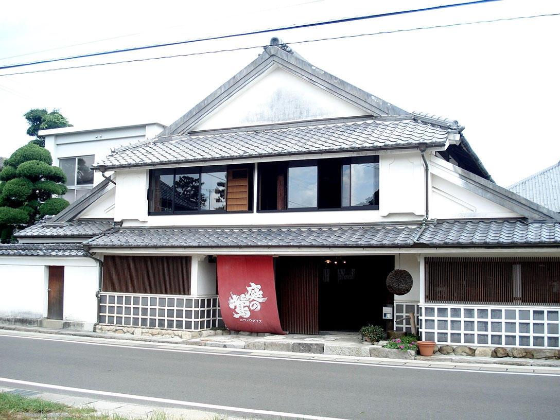 http://www.nipponnosake.com/kura/images/uguisu_1_omoya.jpg